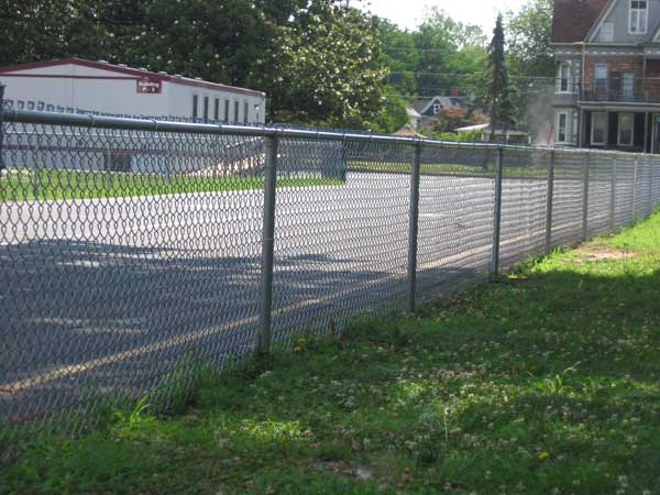 Chain Link Fence Installation | Anderson Fence Company